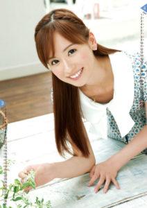 2012年皆藤愛子カレンダー 3月4月