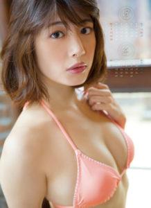 2015年小松美咲カレンダー3月4月